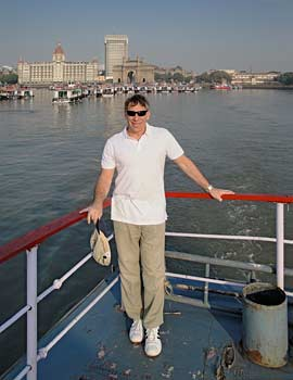 Stephen Schwartz in India working on Monkeys of Mumbai